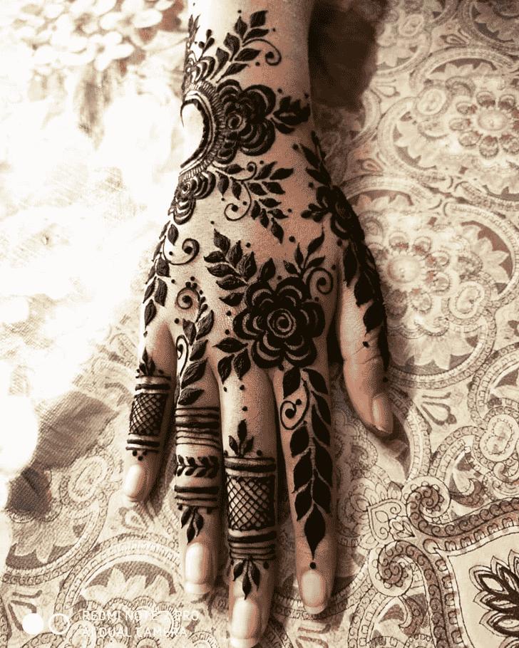 Magnetic Adorable Henna design