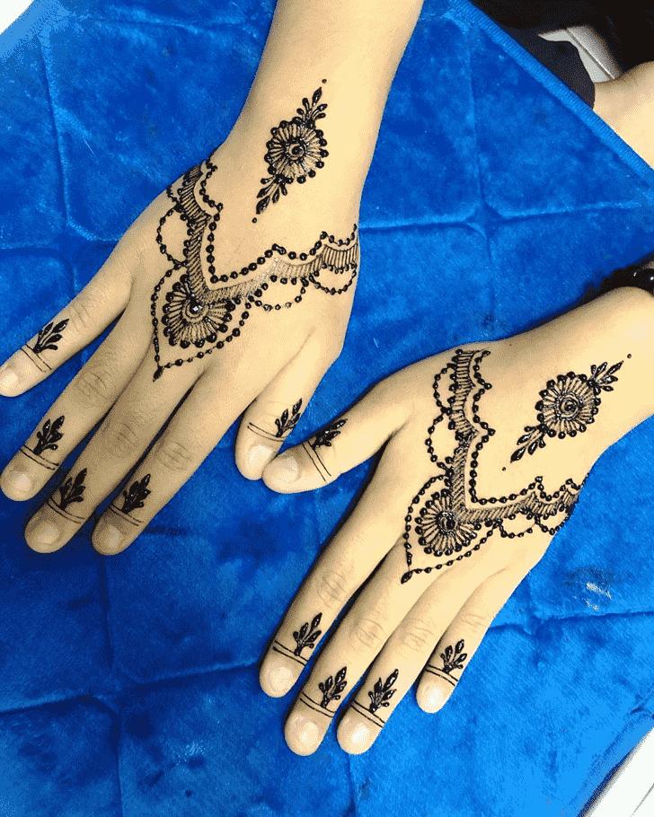 Magnificent Adorable Henna design