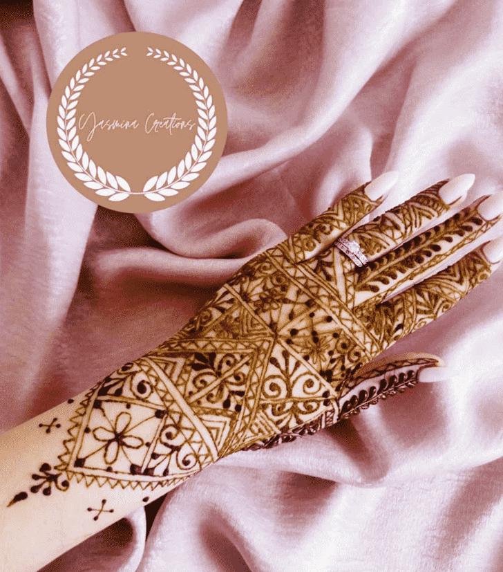 Stunning Adorable Henna design