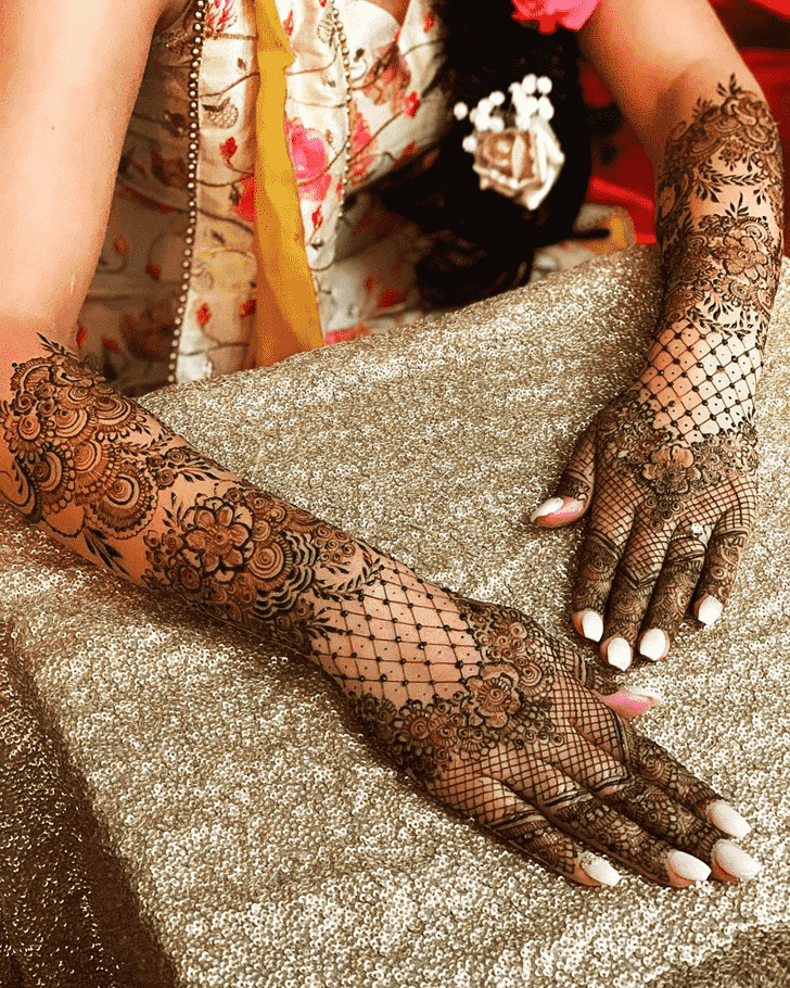 Fetching Agra Henna Design