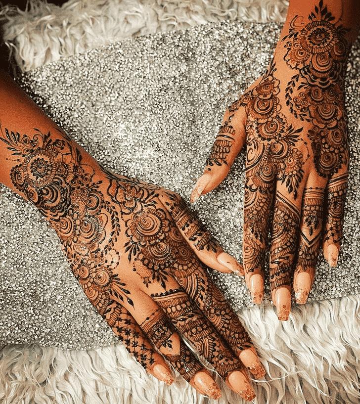 Good Looking Agra Henna Design