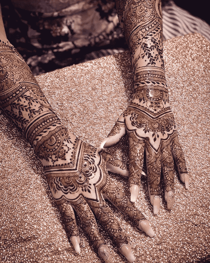 Ideal Agra Henna Design