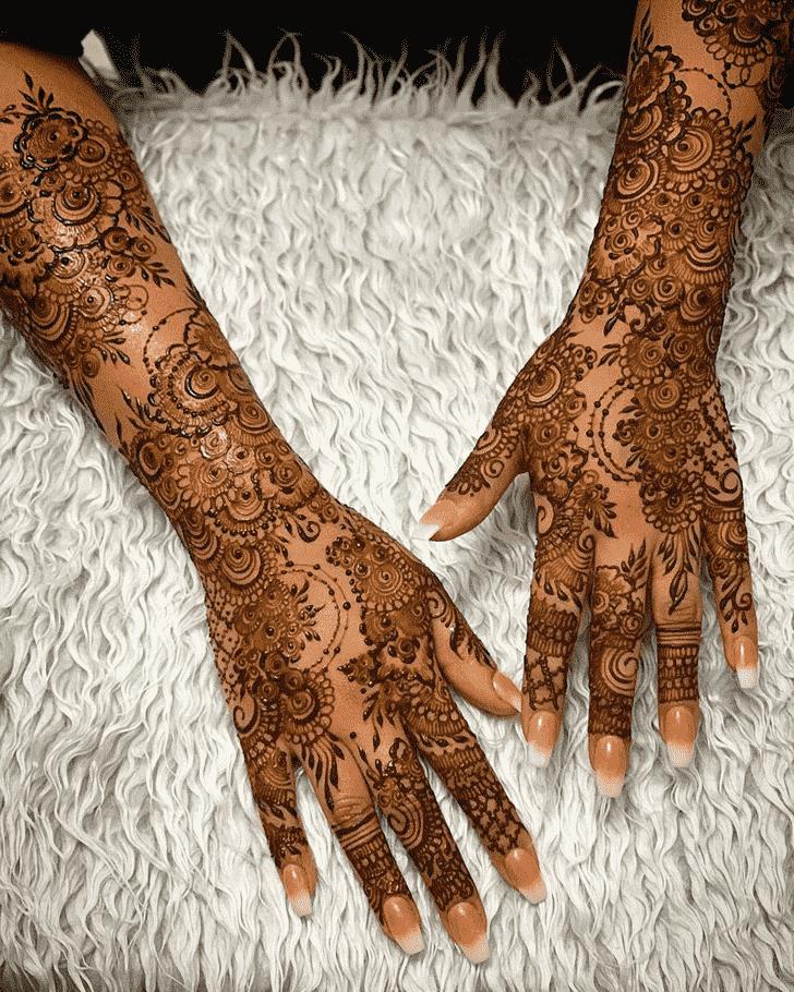 Radiant Agra Henna Design