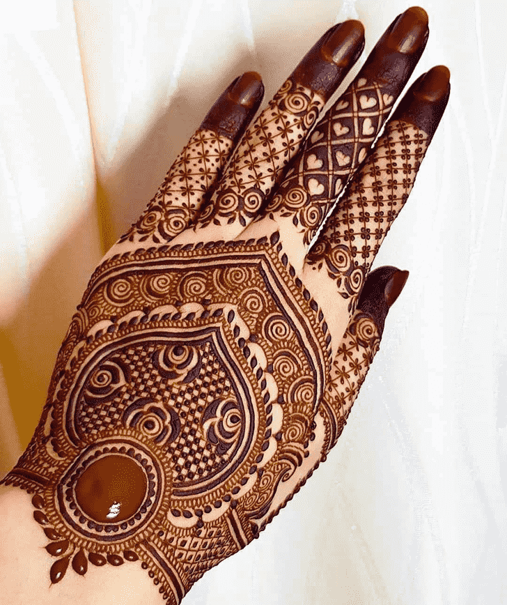 Captivating Ajman Henna Design