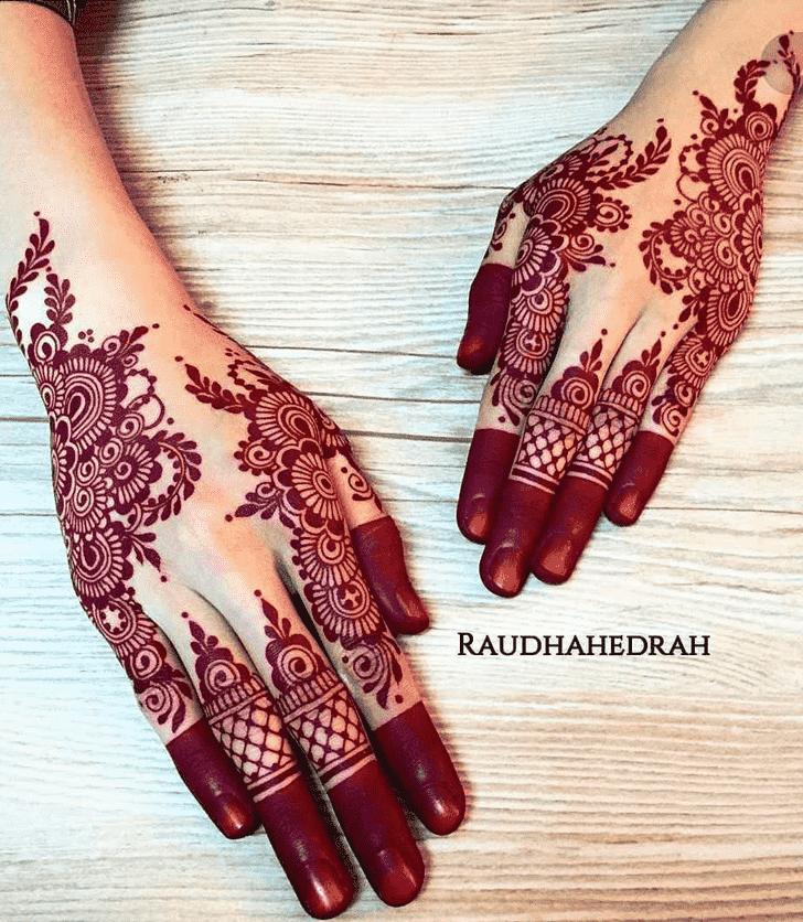 Charming Ajman Henna Design