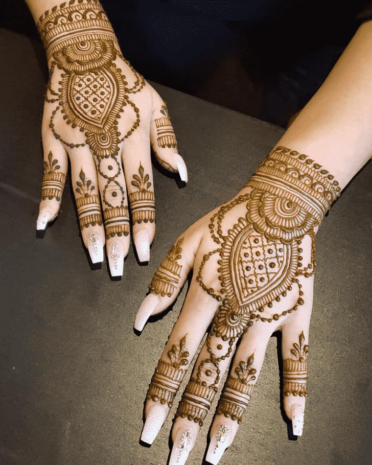 Adorable Al Ain Henna Design