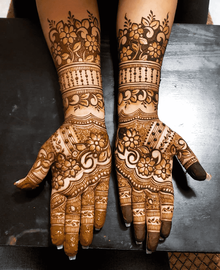 Alluring Al Ain Henna Design