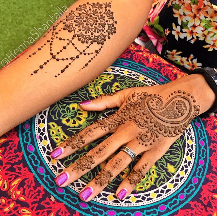 Appealing Al Ain Henna Design