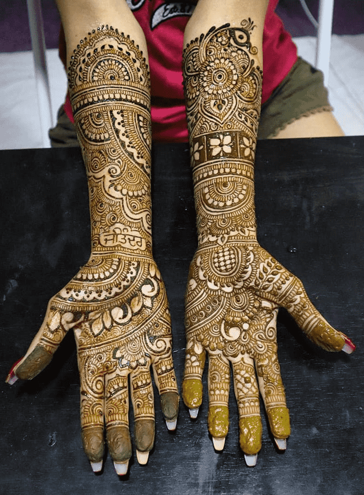 Charming Al Ain Henna Design