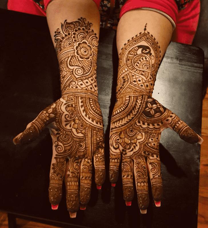 Fascinating Al Ain Henna Design