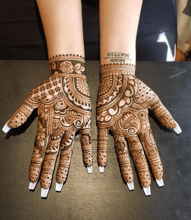 Grand Al Ain Henna Design
