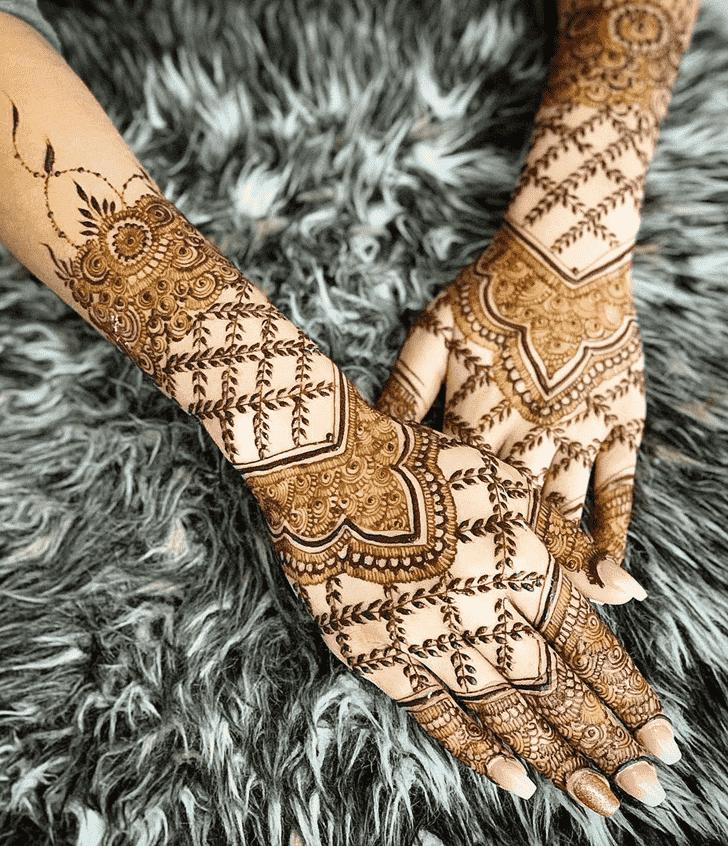 Adorable Allahabad Henna Design