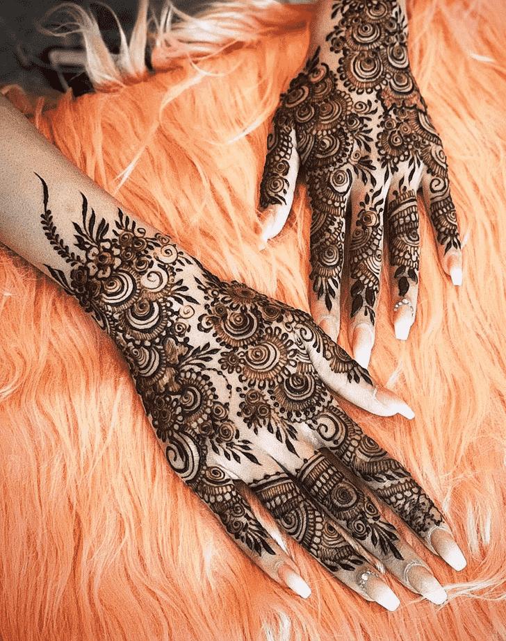 Alluring Allahabad Henna Design