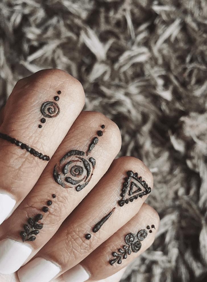 Angelic Alluring Henna Design