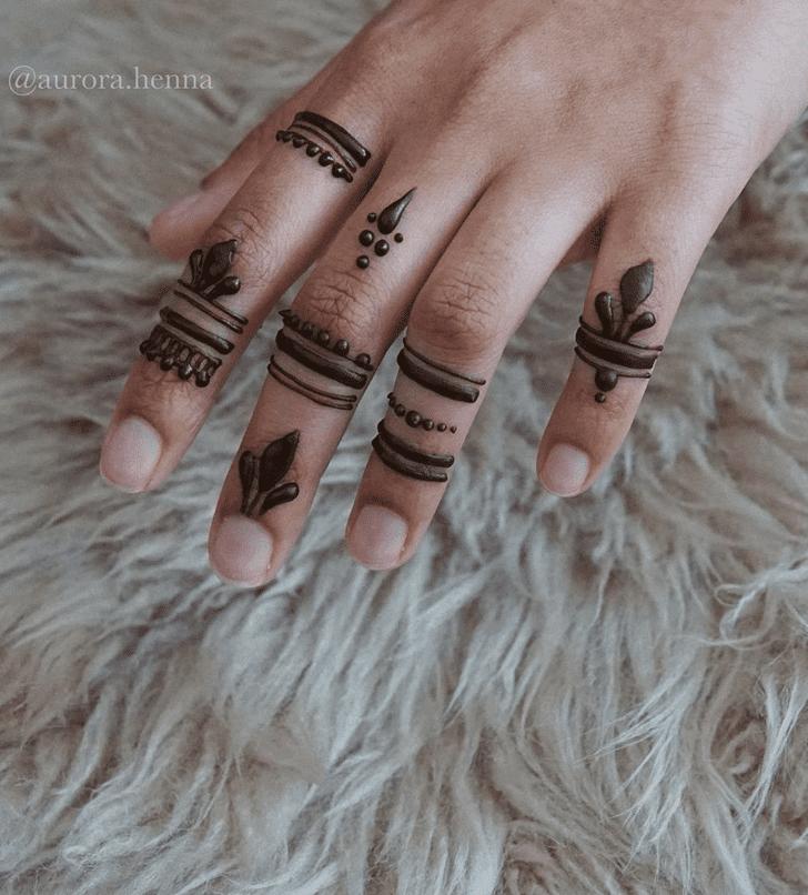Radiant Alluring Henna Design
