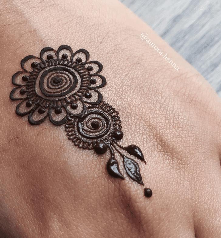 Stunning Alluring Henna Design