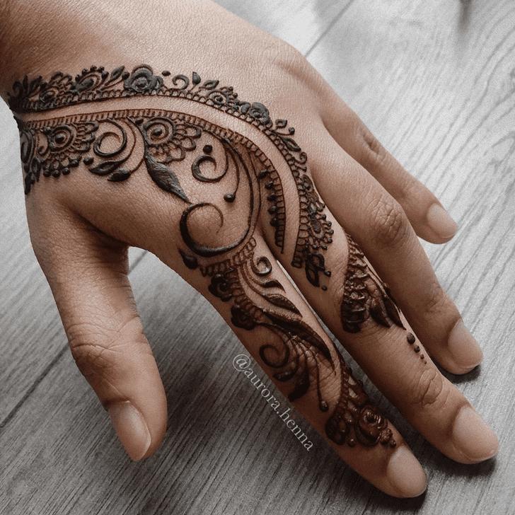 Wonderful Alluring Mehndi Design
