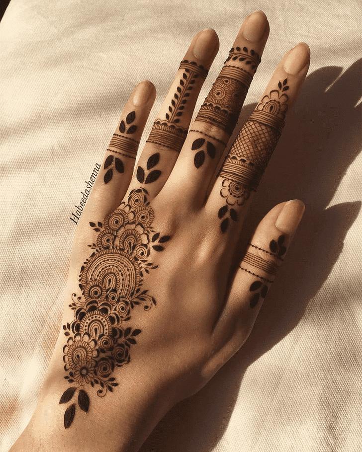 Alluring Amalaki Ekadashi Henna Design