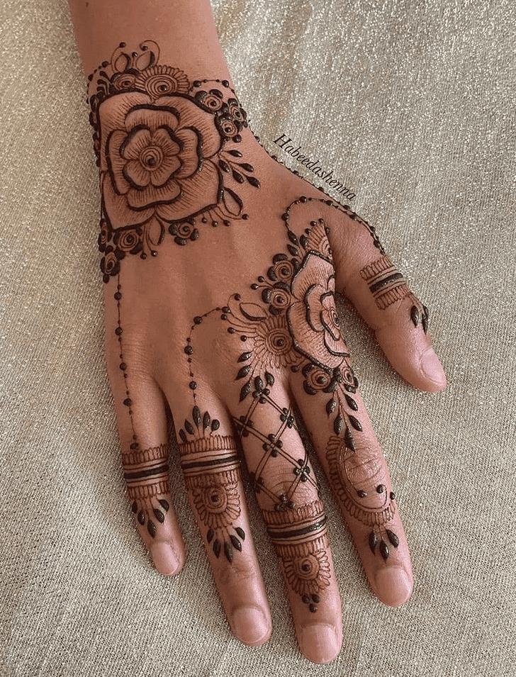 Beauteous Amalaki Ekadashi Henna Design