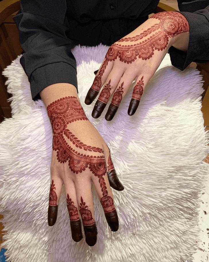 Charming Amalaki Ekadashi Henna Design