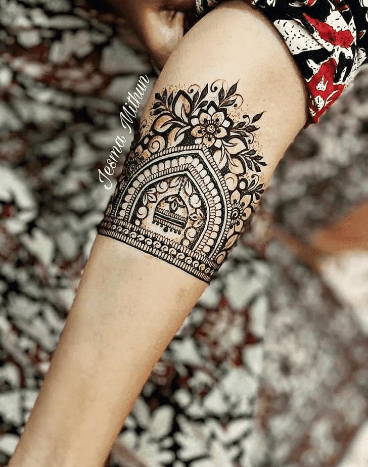 Classy Amalaki Ekadashi Henna Design