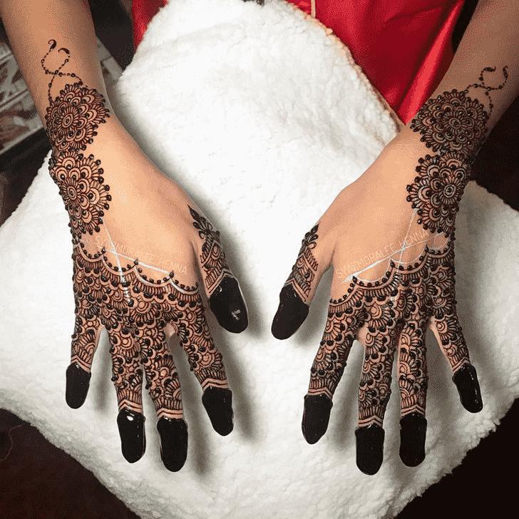 Appealing Amritsar Henna Design
