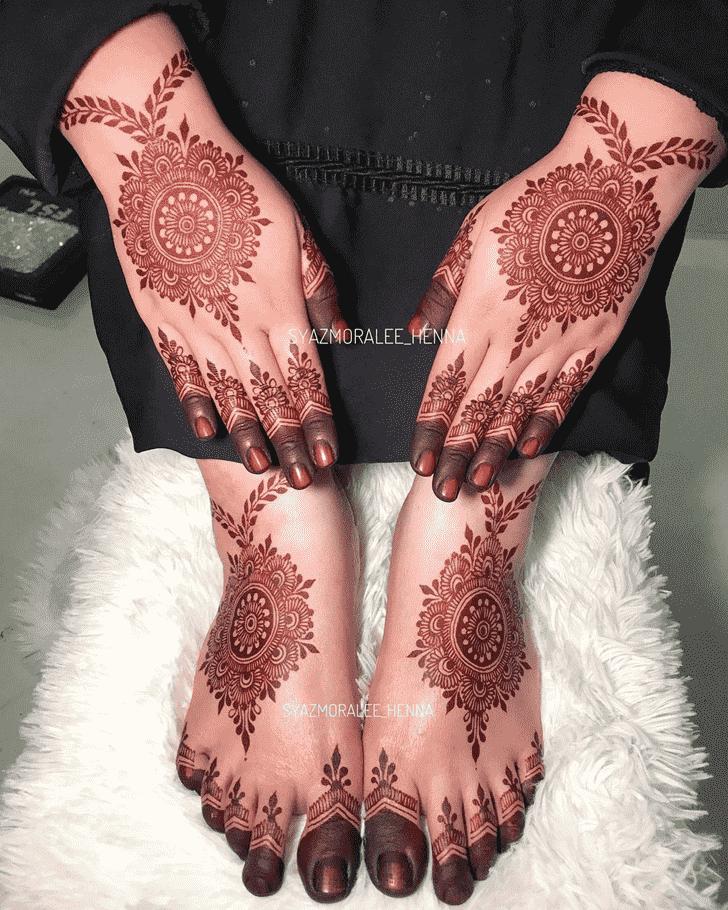 Charming Amritsar Henna Design