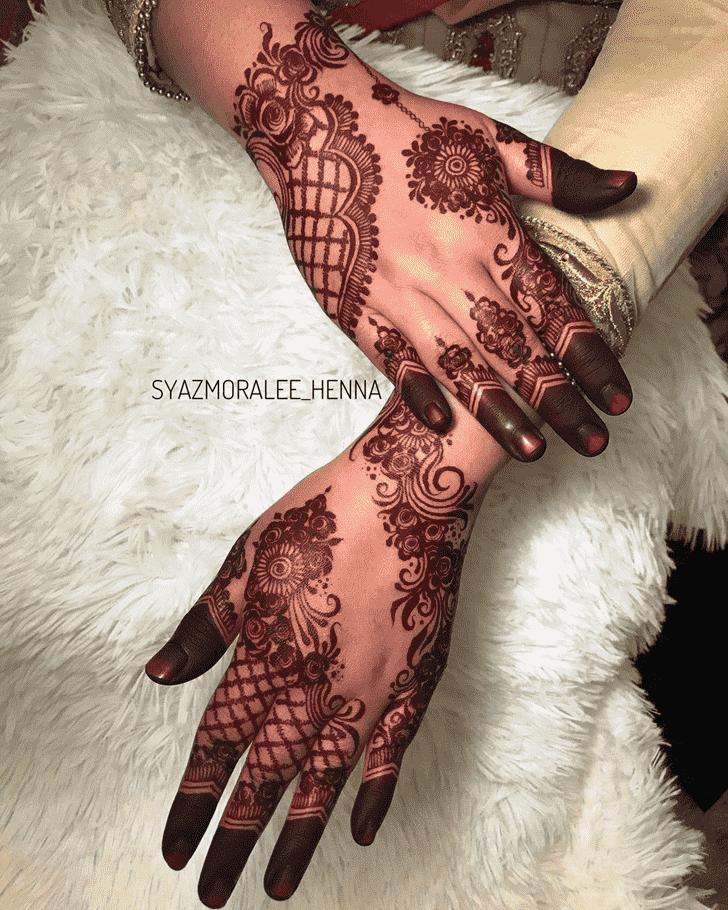 Classy Amritsar Henna Design