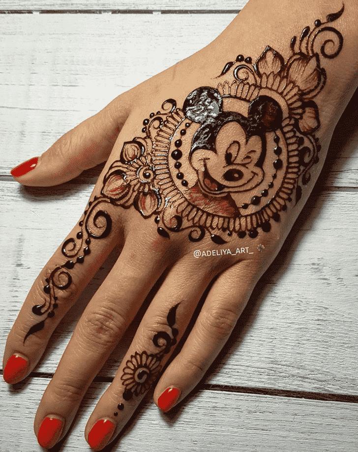 Captivating Animal Henna Design