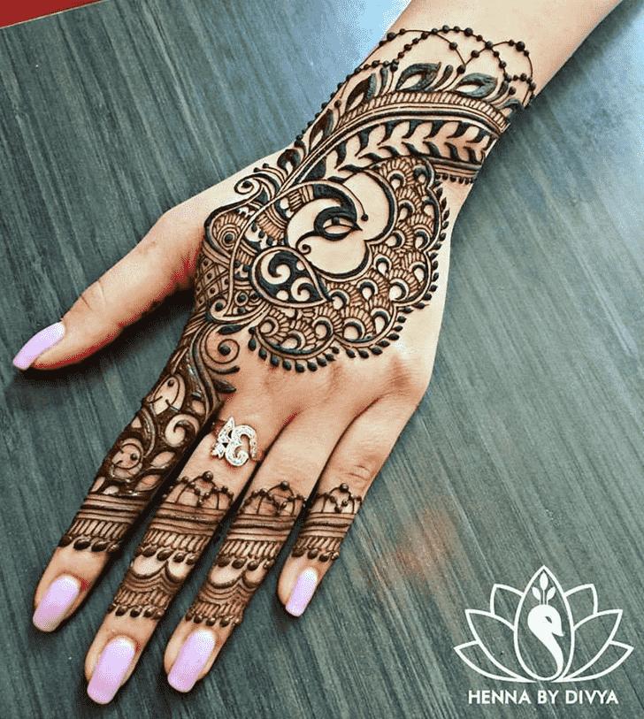 Dazzling Animal Henna Design