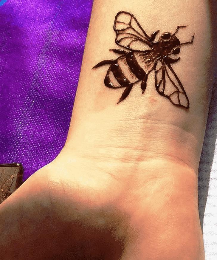 Enticing Animal Henna Design
