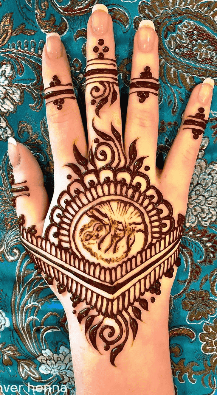 Fair Animal Henna Design
