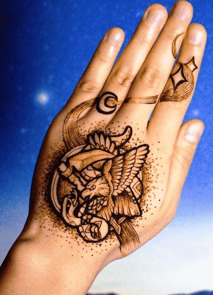 Graceful Animal Henna Design