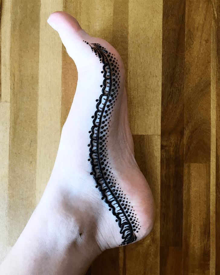 Classy Ankle Henna Design