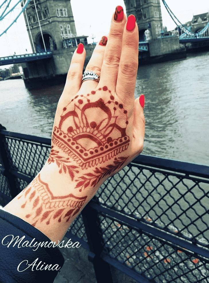 Beauteous Arab Henna Design