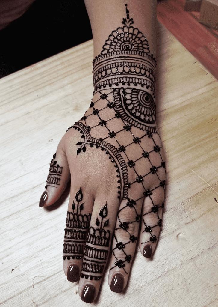 Angelic Arabic Henna Design