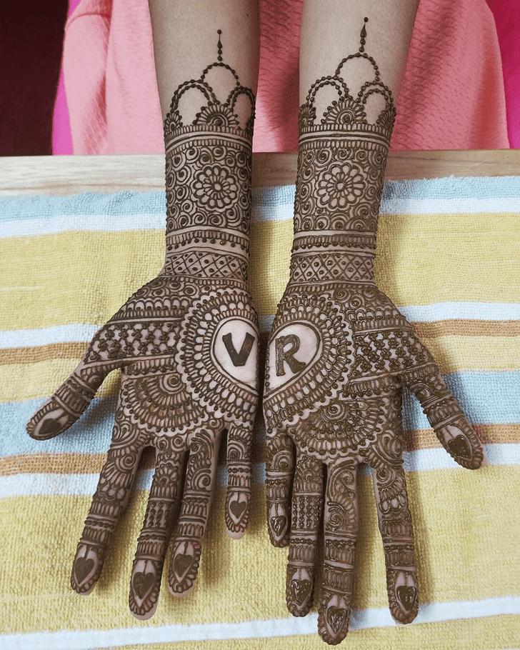 Appealing Arabic Henna Design