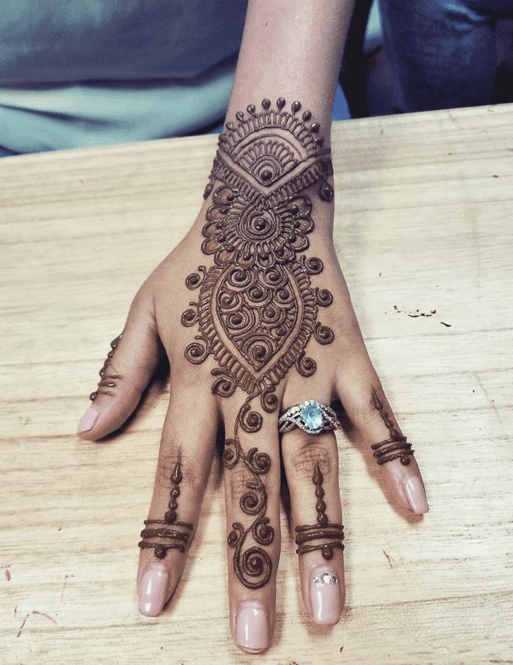 Bewitching Arabic Henna Design