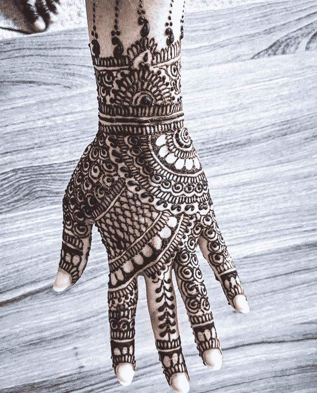 Appealing Aurangabad Henna Design