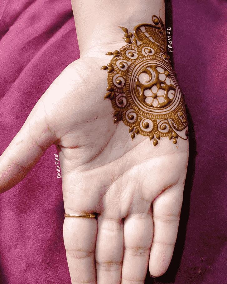 Inviting Austria Henna Design