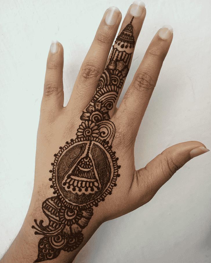 Adorable Back Hand Henna Design