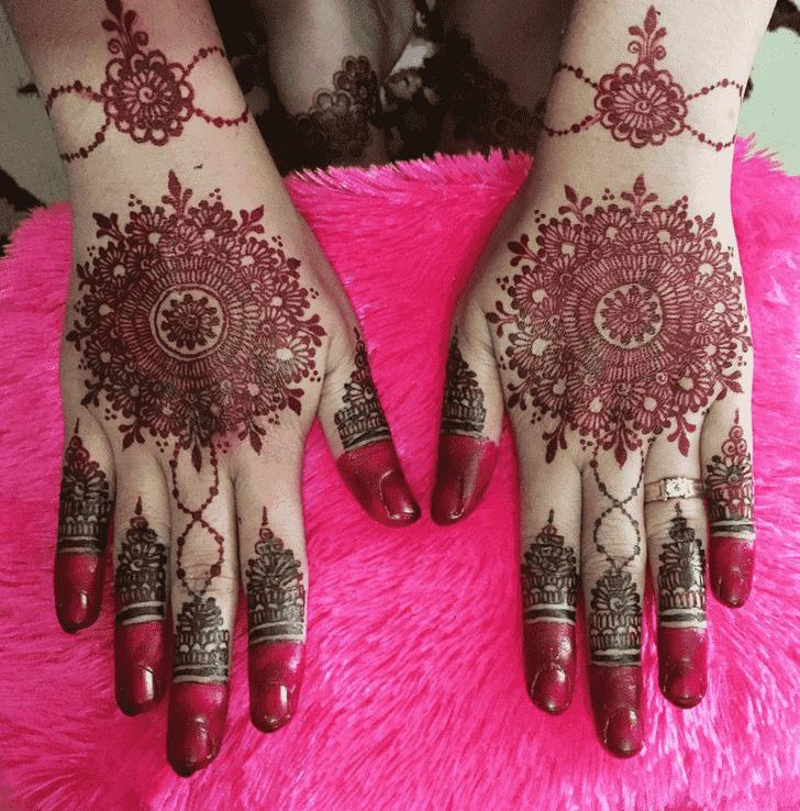 Resplendent Back Hand Henna Design