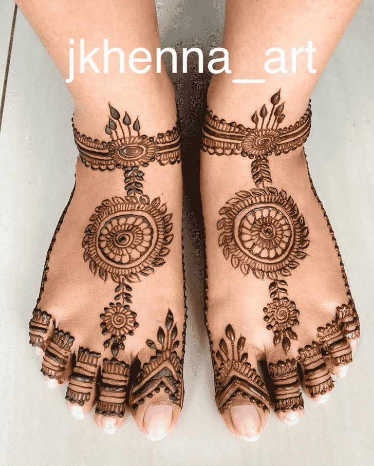 Bewitching Badghis Henna Design