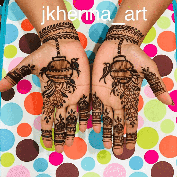 Comely Badghis Henna Design