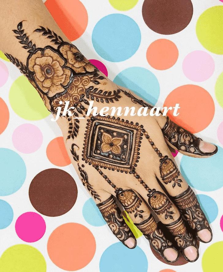 Nice Badghis Henna Design