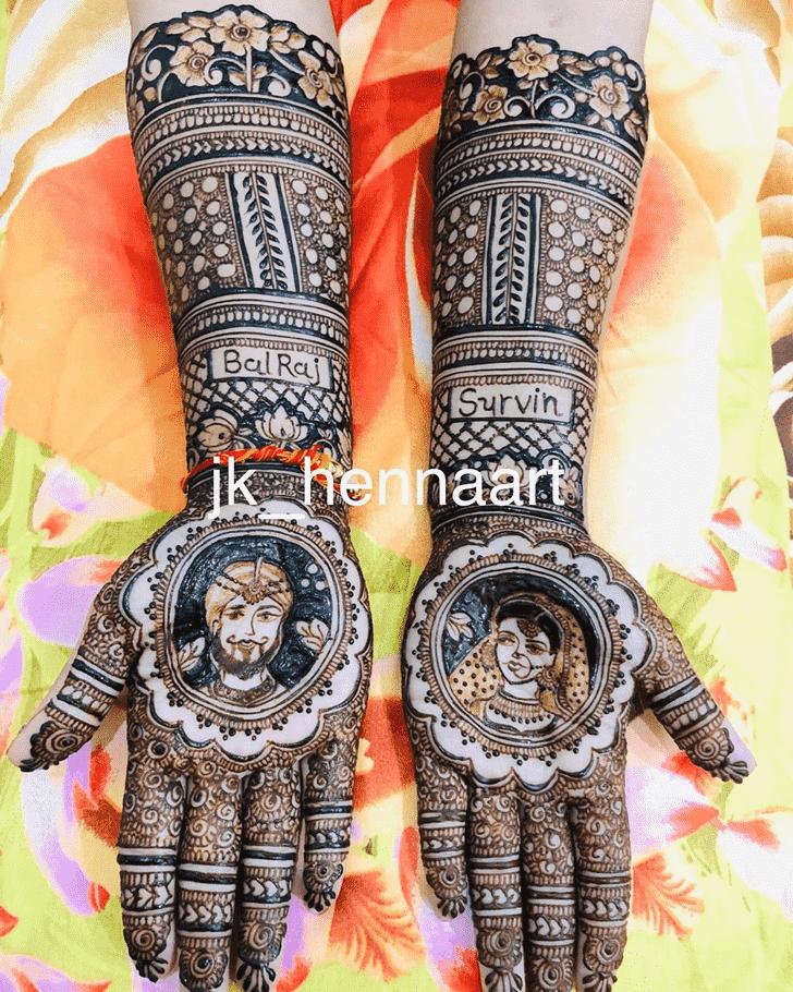 Radiant Badghis Henna Design