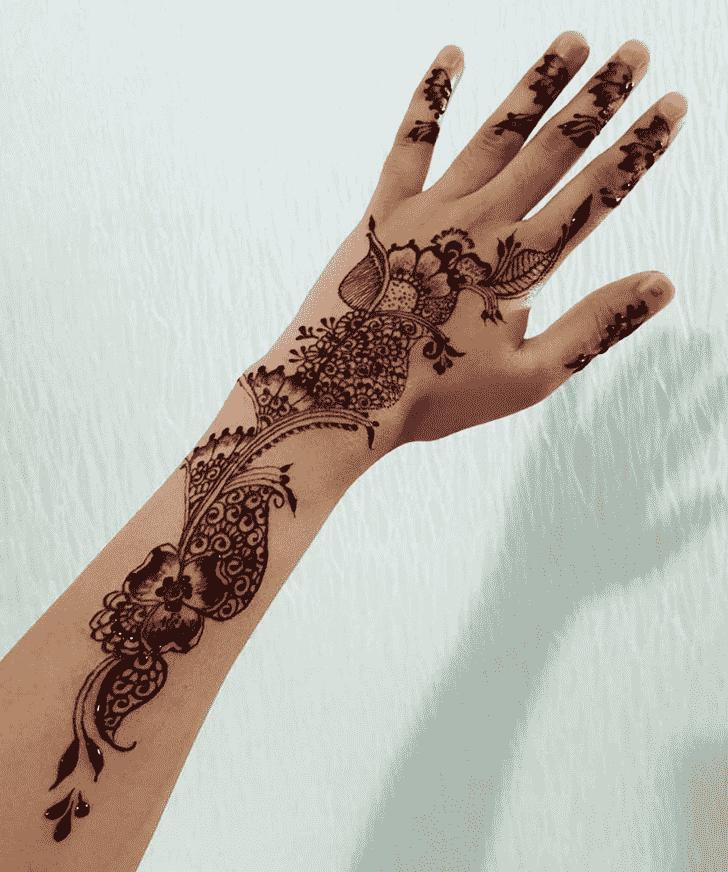 Beauteous Banarsi Henna Design