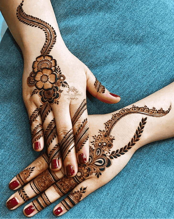 Charming Barcelona Henna Design