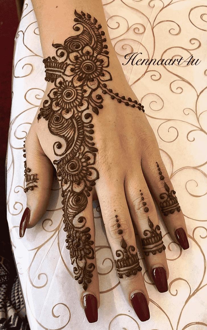 Admirable Beautiful Mehndi Design