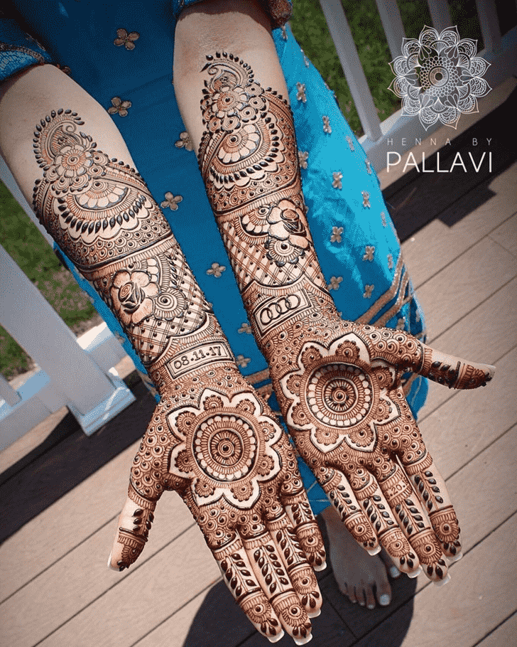 Alluring Beautiful Henna Design
